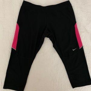 Nike GYM crop pants - Dry Fit